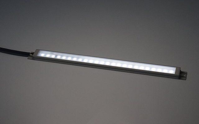 FA用AC100V照明